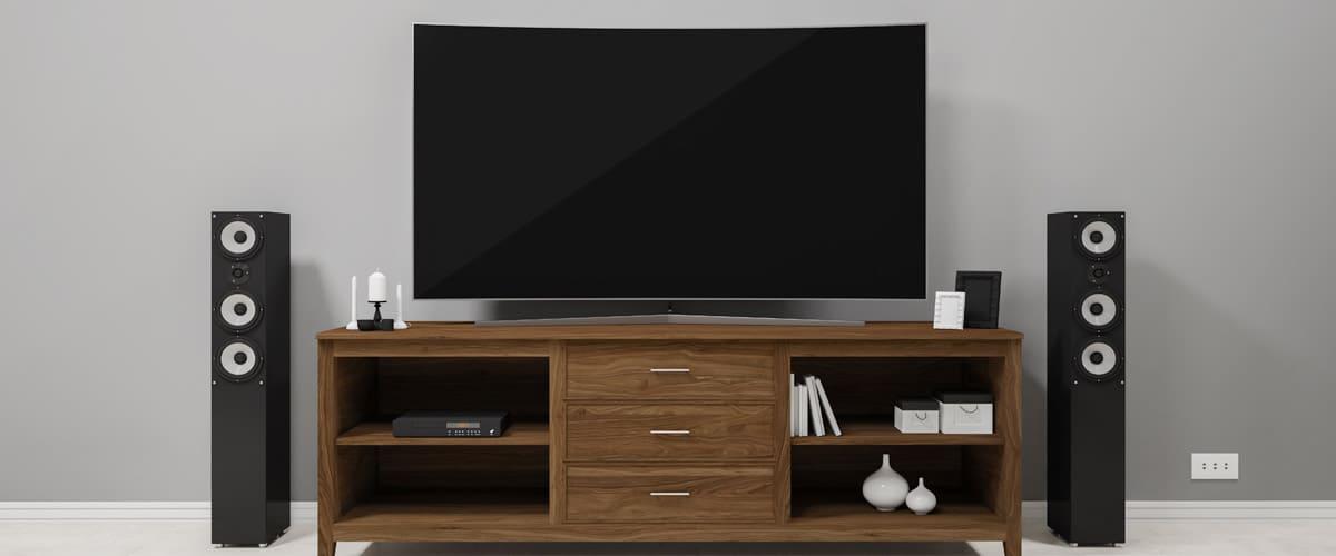 ¿Cómo conectar altavoces a tv Samsung?